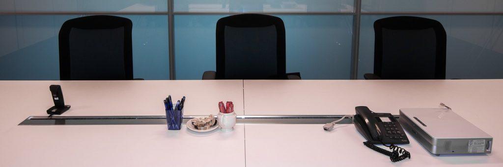 office-898813_1280